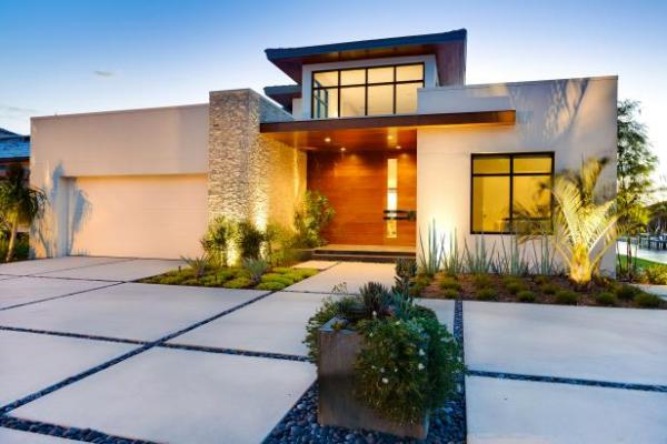 modern front yard landscape features