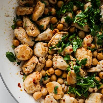 15-Minute High-Protein Spicy Chicken & Chickpeas Recipe (GF)