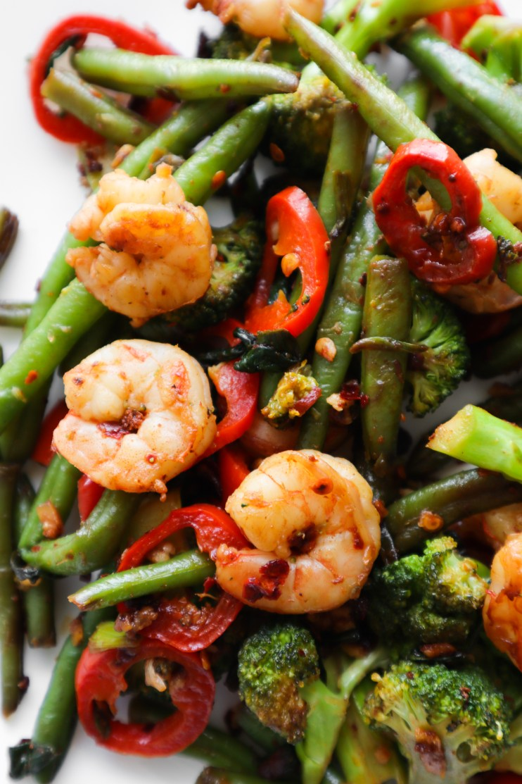 shrimp and vegetable stir fry - high protein low carb meals