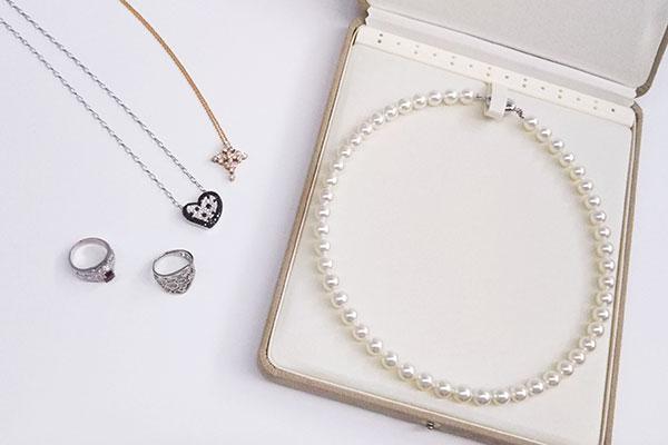 2真珠は他の宝石と分ける