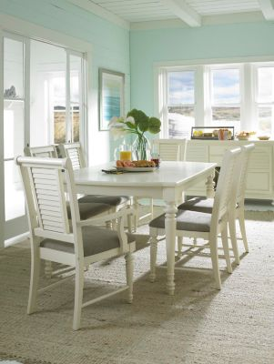 kitchen table and chair yoga at your desk dining sets broyhill furniture chairs benches