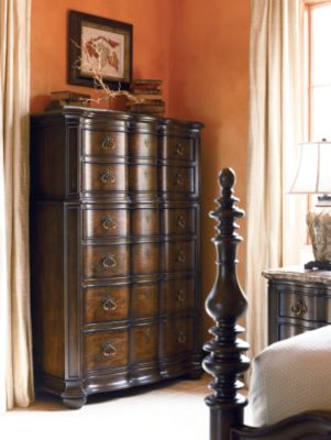 Lucca Drawer Chest  Bedroom Furniture  Thomasville Furniture