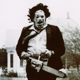 leatherface-officially-saws-his-way-into-halloween-horror-nights-934656