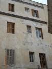 Barrio del Carmen, edificio agrietado