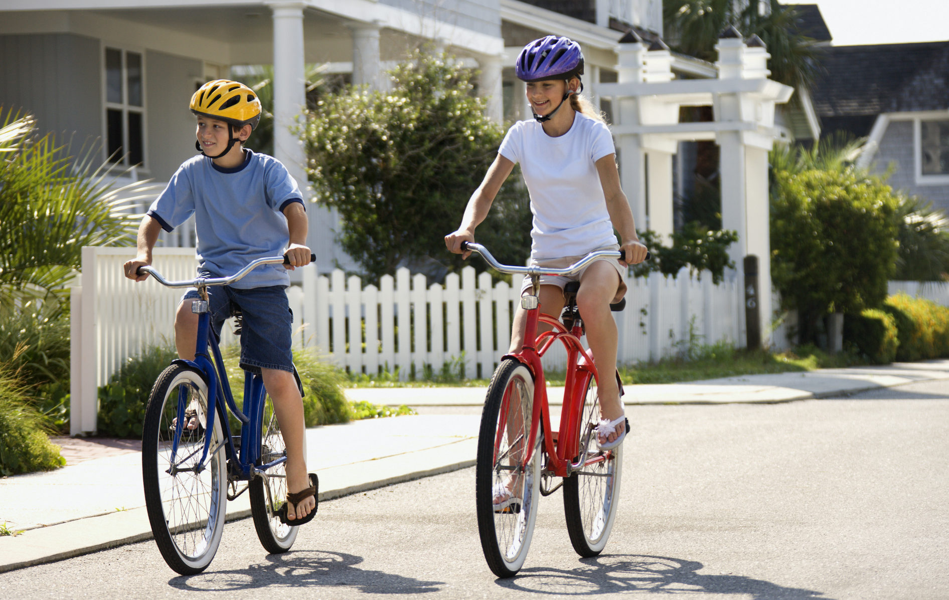 4 Tips For Teaching Your Child How To Ride A Bike On The