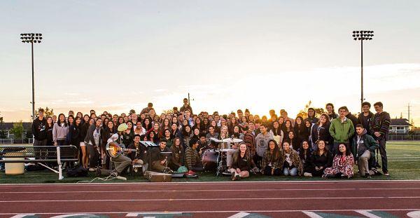 SENIORS ENJOY THE first senior sunrise at HHS Photo courtesy of Brian Quan