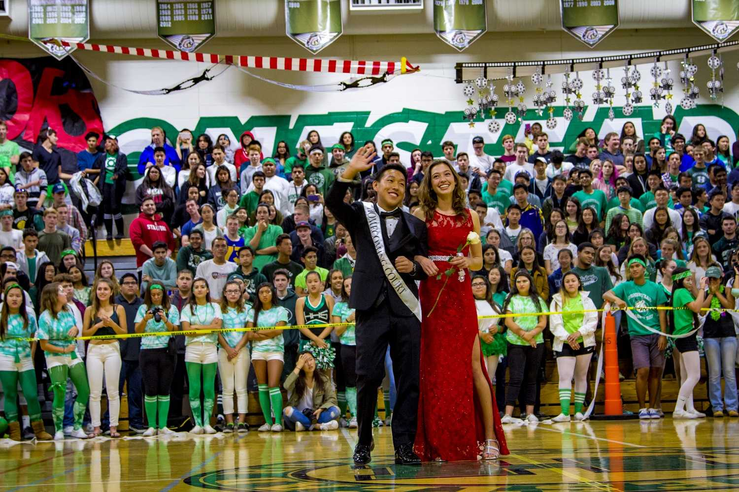 Homecoming+court+nominee+Edward+Li+and+Homecoming+Queen+2016+Lindsay+Allen