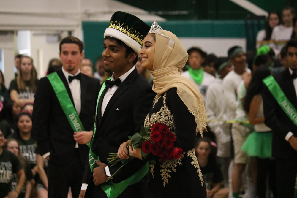 Homecoming+King+Govind+Menon+%2812%29+and+Queen+Batool+Al-Jabiry+%2812%29