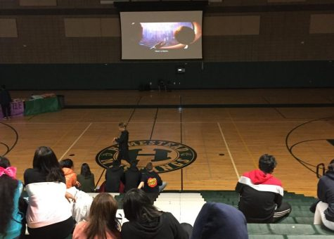 Freshman and sophomore classes hold movie night