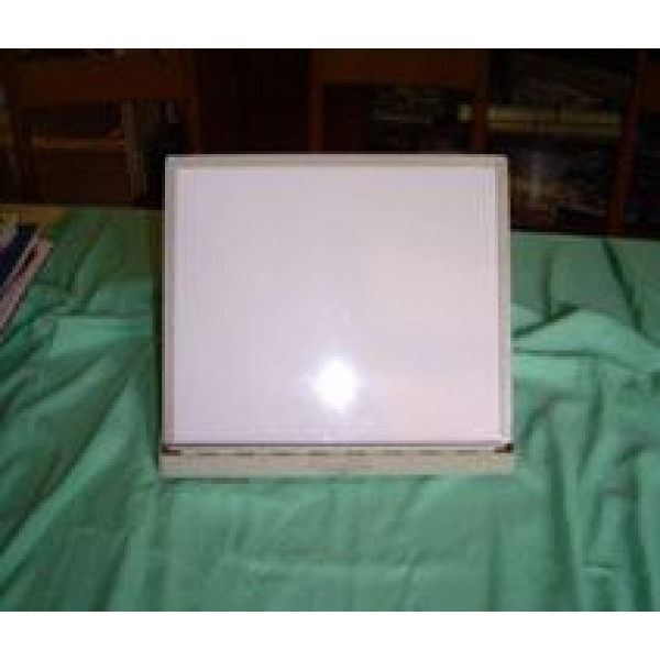 LOW VISION STAND – Made of Metal and Plastic