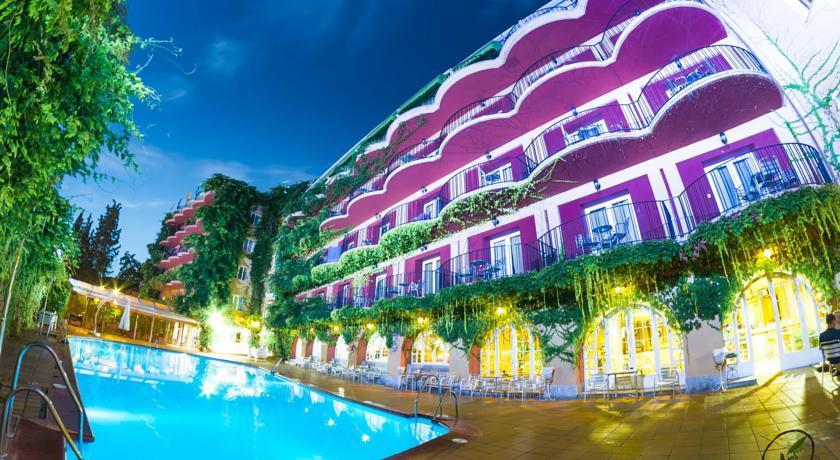 Los Angeles Hotel Spa Granada Spain Emirates Holidays