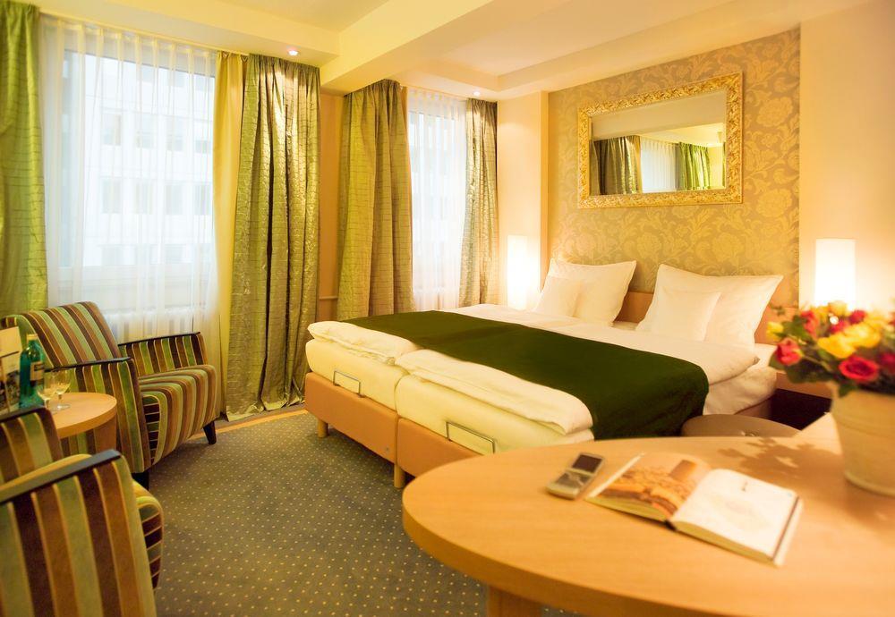 Favored Hotel Domicil Frankfurt Frankfurt Am Main Germany
