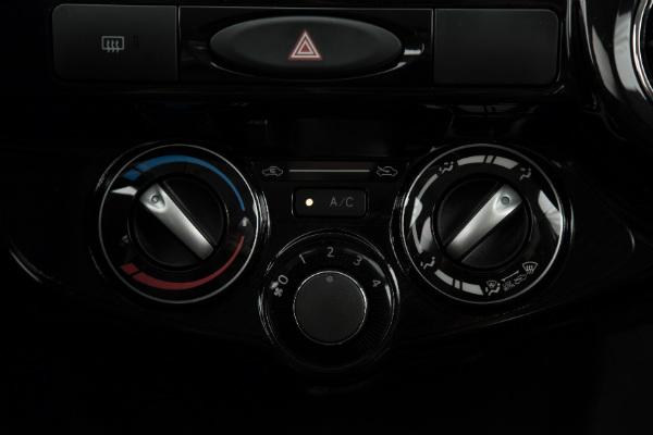 Hi-Mundim-Toyota-etios1