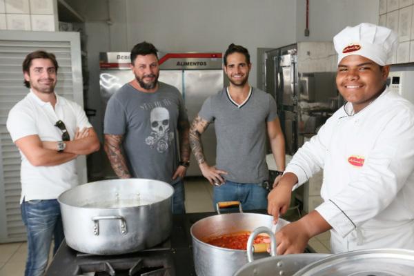 Gastronomia Solidária acontece até o dia 15 de dezembro, em Rio Preto (Foto: Ricardo Boni)