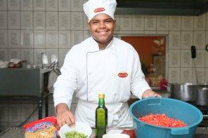 Gastronomia Solidária ajuda a realizar sonho de jovens em Rio Preto