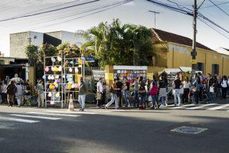 Feira da Vila promove a cena cultural