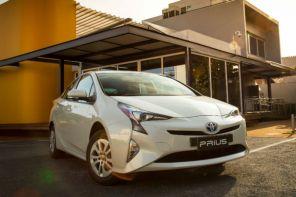 Toyota faz recall do Prius por risco de incêndio