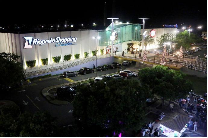 1º shopping de Rio Preto celebra 30 anos