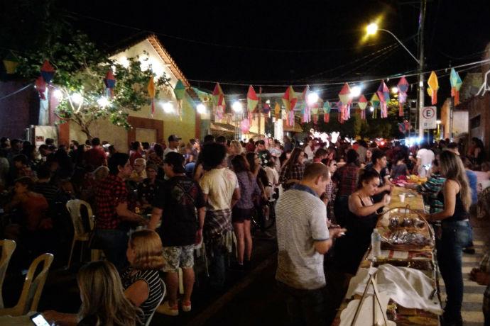 Festa junina do Centro Cultural Vasco é uma das mais tradicionais de Rio Preto (Foto: Hi-Mundim)