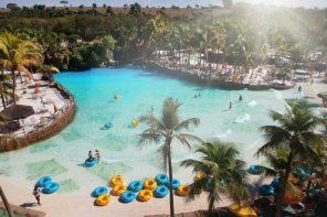 Parques, resorts e atrações reabrem na região