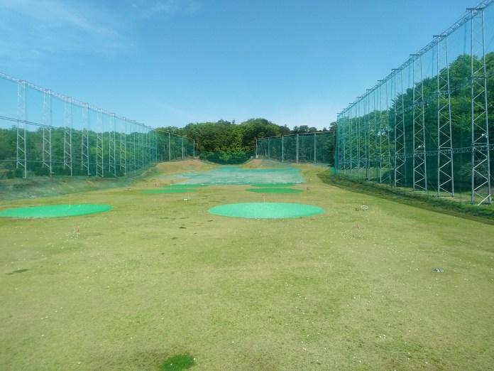 エースガーデンゴルフ練習場