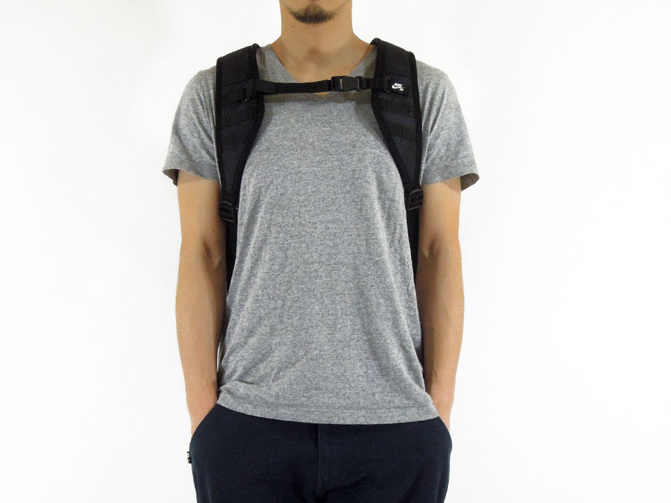NIKE SB RPM Backpack ナイキ スケートボード スケボー バッグ デッキ取り付け バックパック 着用例1