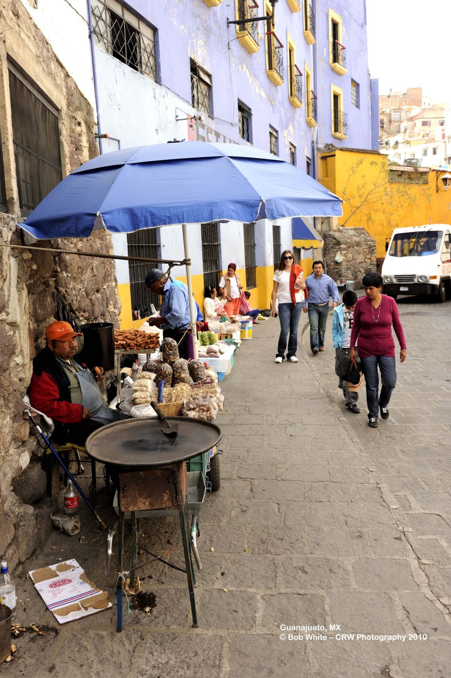 89 Street Vendors & Yovi