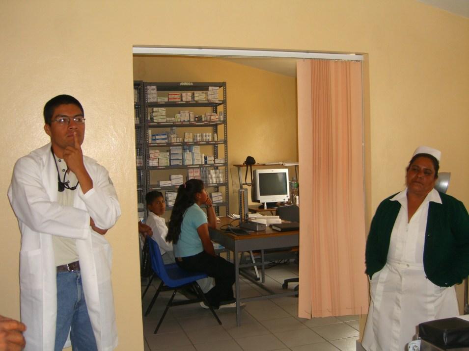 Dr Moises y Trini Oaxaca 2006 082