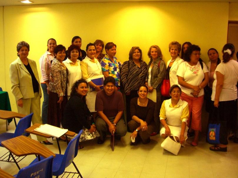 Grupo con Sra. Flores 2006 023