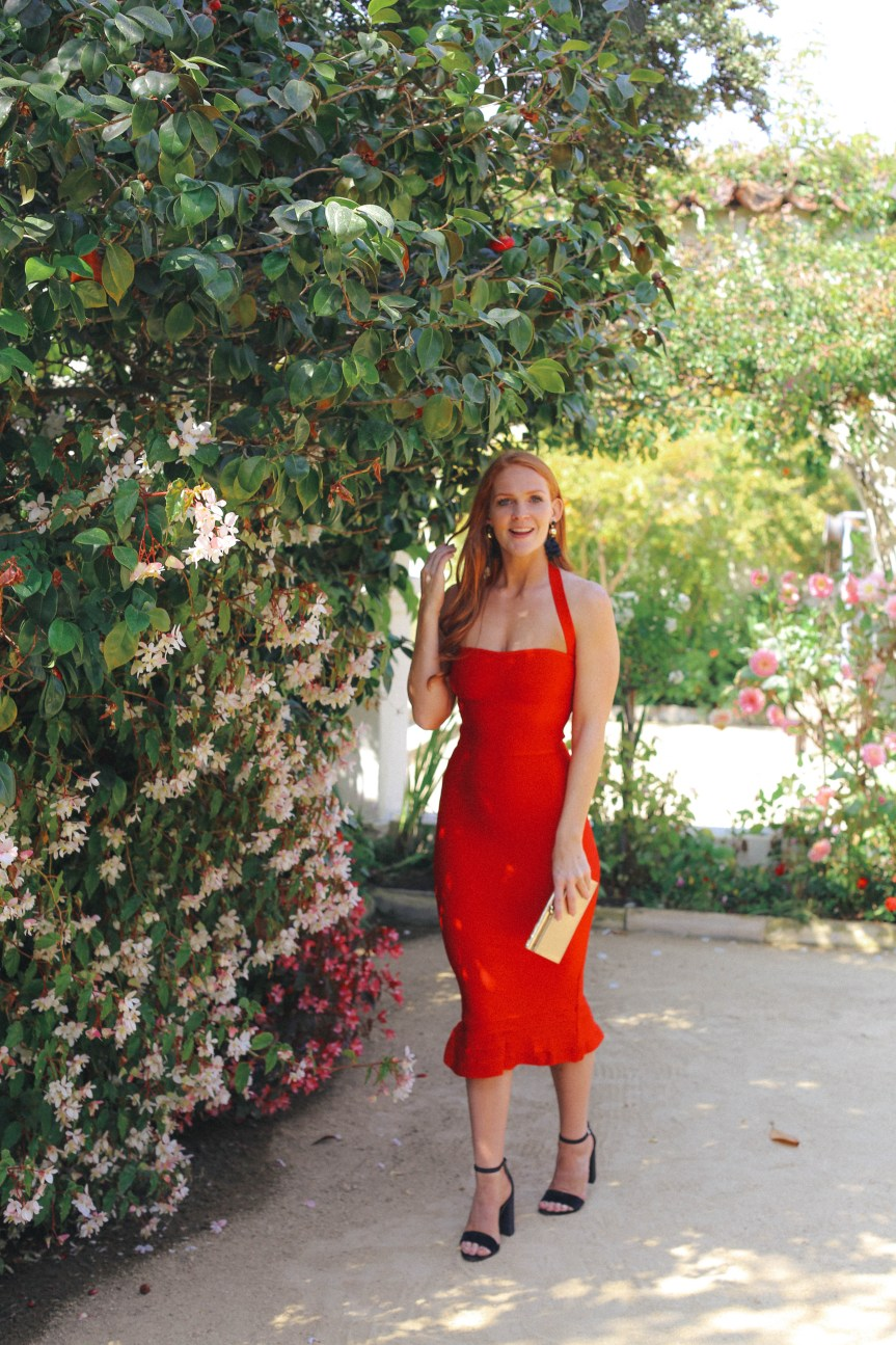 The perfect red dress for date night, fashion blogger