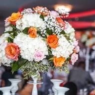 chandelier fleuris blanc