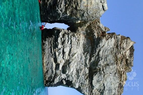 Sea-kayak-Hibiscus-P6230452-Skopelos
