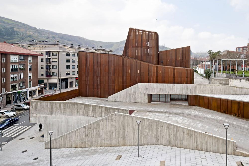 Aq4 Arquitectura  Casa de la Cultura y Biblioteca Vizcaya  HIC Arquitectura