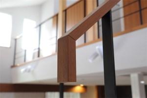 廿日市に建つ超高性能な暖かい注文住宅 階段手摺