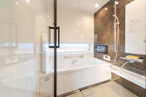 広島で最上級の快適性 こころパッシブハウス 見晴らしの良いお風呂