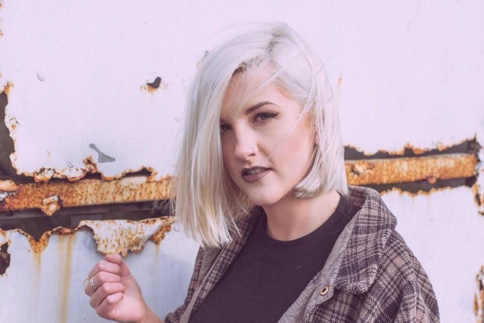Photo of LAOISE featured on Hidden Herd new music blog