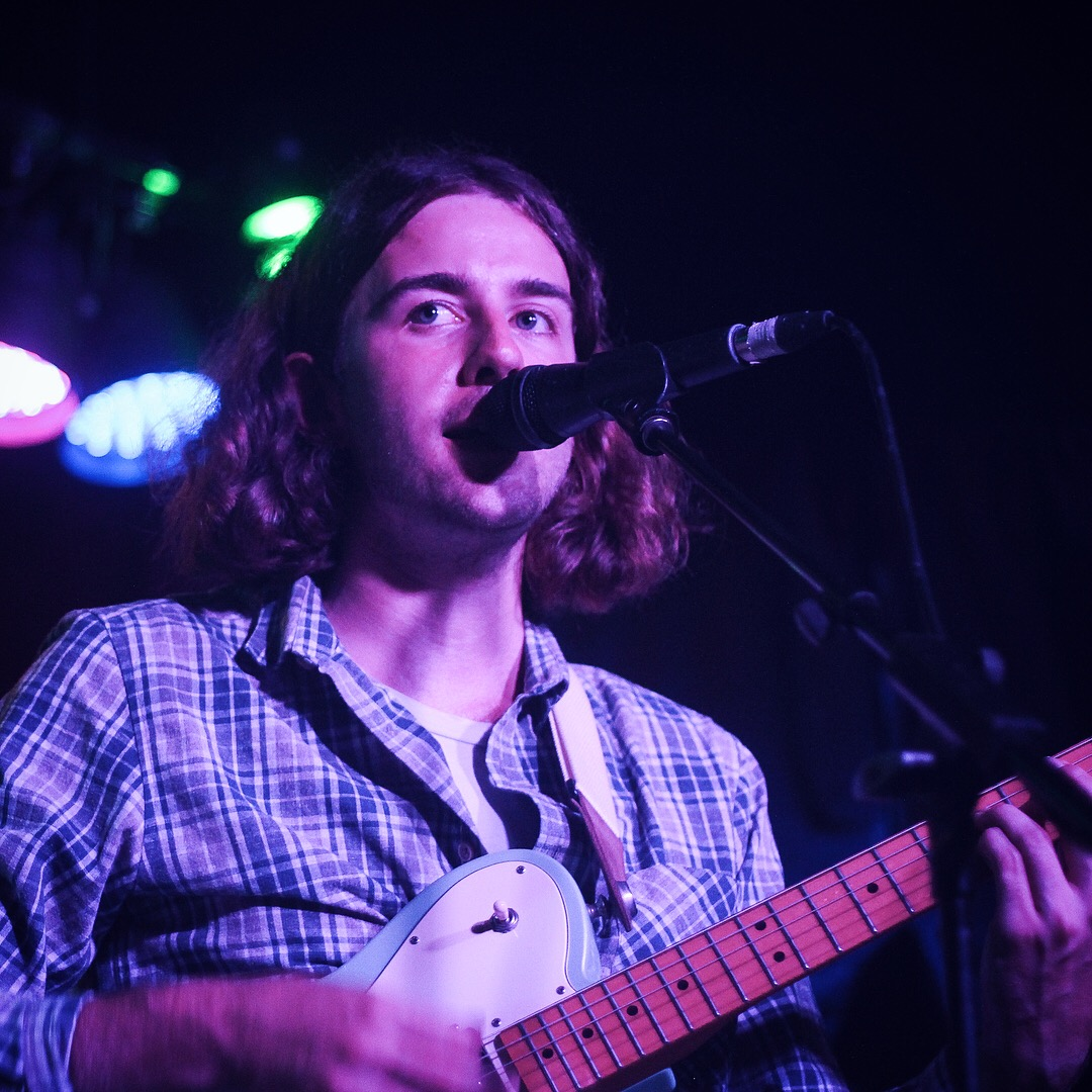 Charlie and the Villas playing Hidden Herd vs Lost In The Manor at The Finsbury in London on 21.07.17