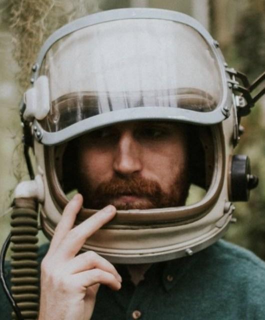 Photo of Adam Barnes featured on Hidden Herd new music blog