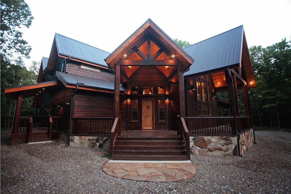 Wisdom Creek Lodge in Broken Bow OK  Sleeps  Hidden
