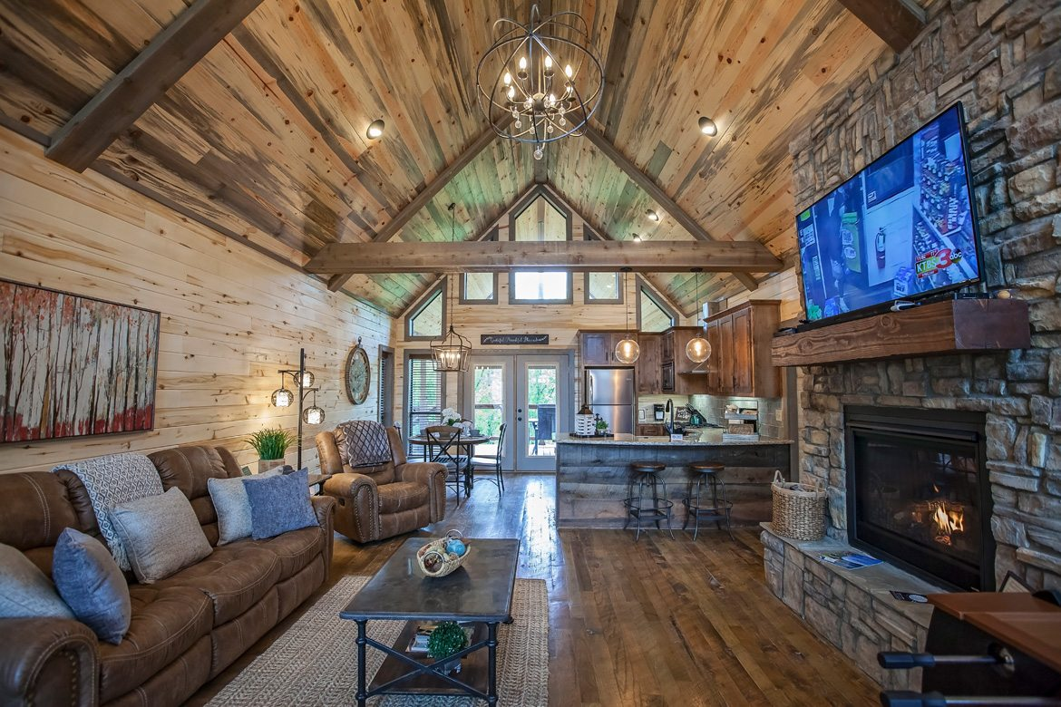 Young at Heart Cabin in Broken Bow OK  Sleeps 4