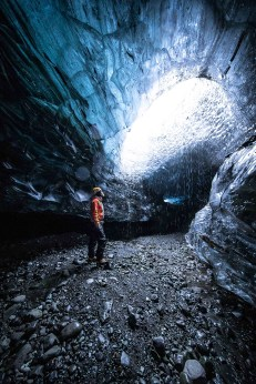 Ice Cave Discovery Tour | Hidden Iceland | Photo by Ömar Acar