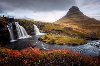 Kirkjufell & Kirkjufellsfoss | Snæfellsnes Peninsula Tour | Hidden Iceland | Photo Dennis Stever