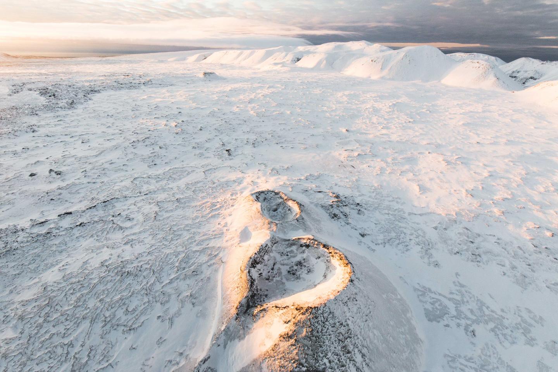 Norðurflug Geothermal Helicopter Tour flight in winter