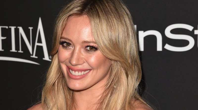 Hilary Duff Golden Globes 2015