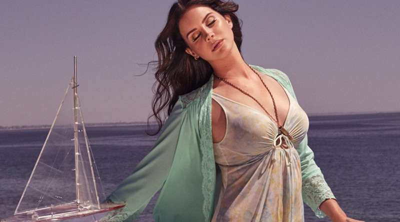 Lana Del Rey High by the Beach 2015