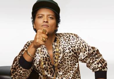 Review: Bruno Mars Trades In Charm For Riches On '24K Magic'