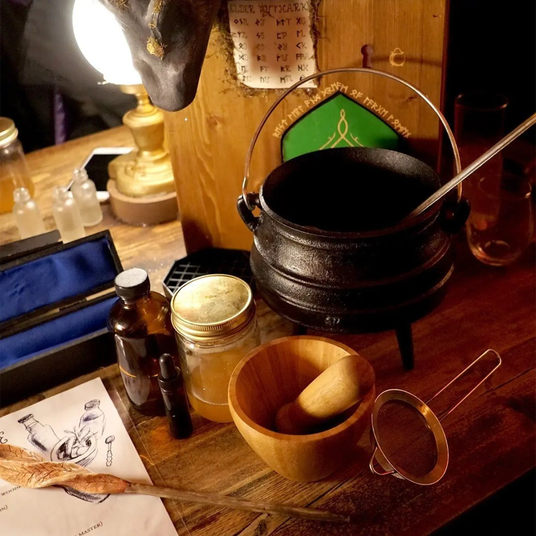 All you need to make potions is provided