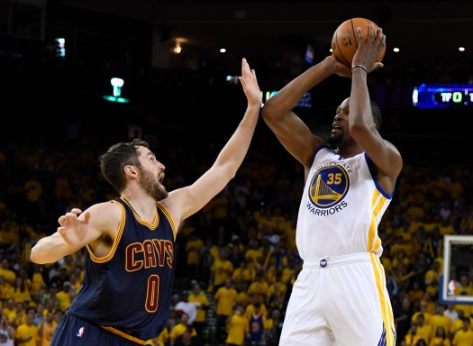 Golden State Warriors defeated the Cleveland Cavaliers 113 ...