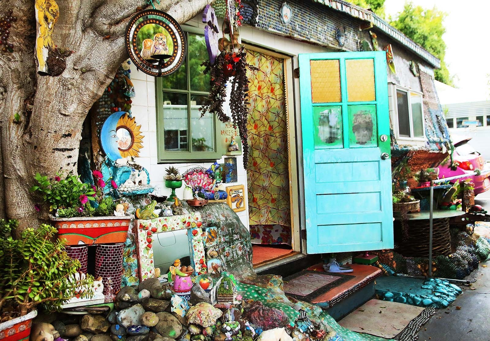 encinitas hippie homes hidden san diego