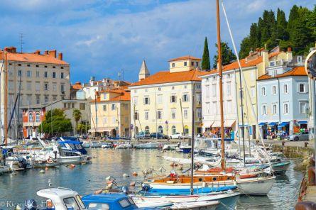 Malerischer Hafen von Piran